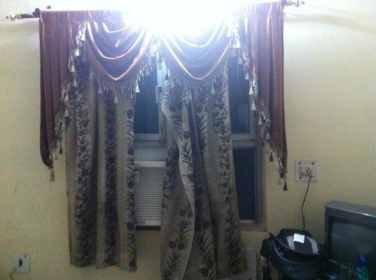 Muskan Hotel: finestra
