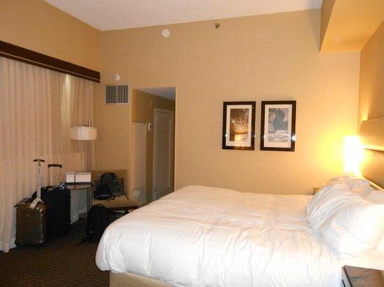 ไฮแอทท์รีเจนซี่ แคมบริดจ์, โอเวอร์ลุคกิ้ง บอสตัน: comfortable bed