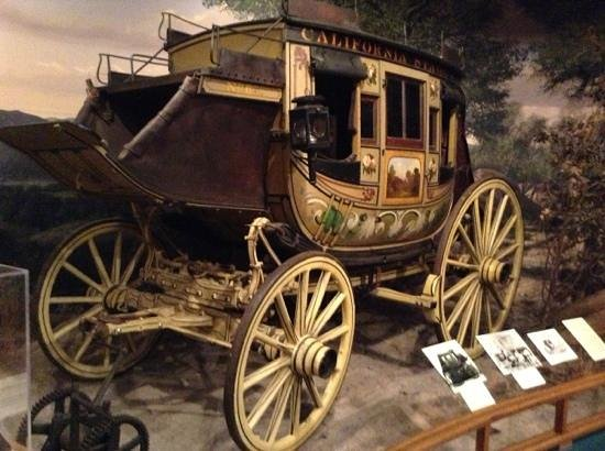 Autry Museum of the American West : stagecoach