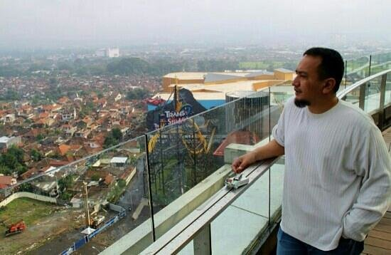 The Trans Luxury Hotel Bandung: superb view of bandung from the 18th floor