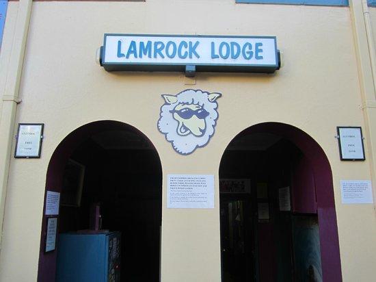 Lamrock Lodge: Backpacker entrance