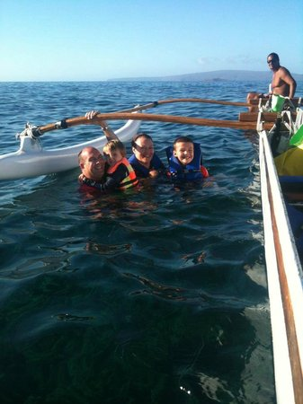 Maui Paddler Hawaiian Outrigger Experience : Taking a dip in Maui