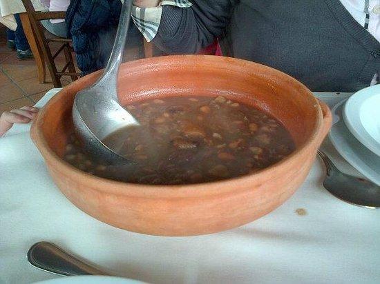 Hotel Il Forno Antico: Zuppa fagioli, lenticchie e castagne.