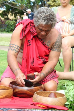 Maui Paddler Hawaiian Outrigger Experience: Giving Thanks