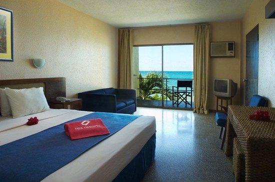 Turtle Beach by Rex Resorts: Turtlebeach Bedroom
