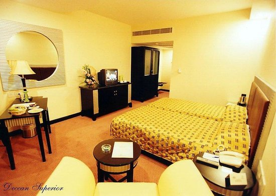 Regenta Central Deccan: Superior Room