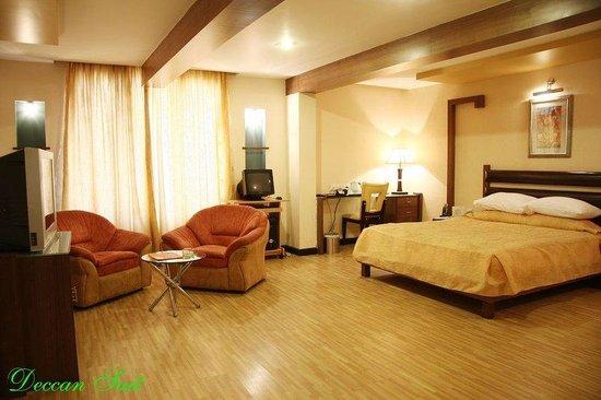 Regenta Central Deccan: Luxury Suite