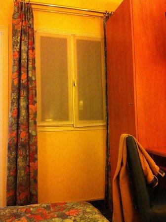Hôtel Lautrec Opera: on a envie de fuir!!!