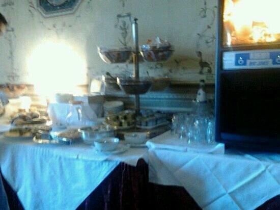 Hotel Bosone Palace: buffet colazione