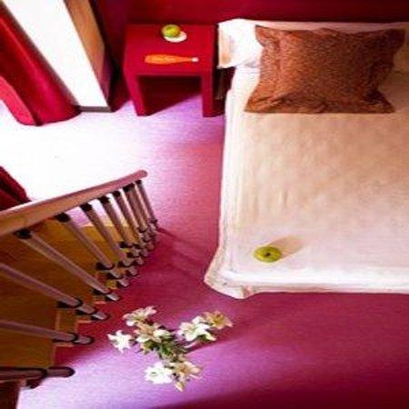 Room Mate Shalma: Room