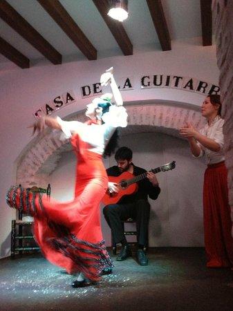 Casa de la Guitarra performance