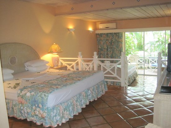 Coco Reef Tobago: Our room - a basic room