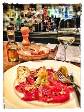 Ebi's Bar - Thuna Salad (fresh and tasty)