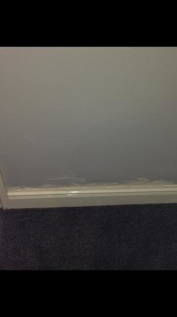 The Collection Hotel Birmingham: bad finish to shirking boards in hotel
