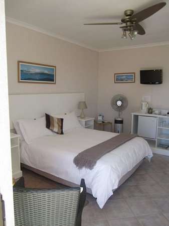 Glenfinnan Guest House: the room