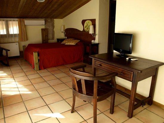 El Jou Hotel: Una habitación...
