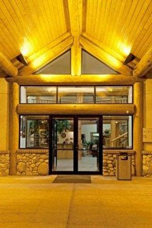 Cody Legacy Inn: Entrance V