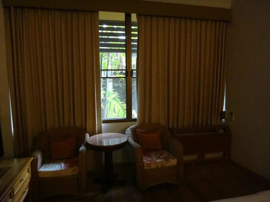 Sailom Hotel: sitting area