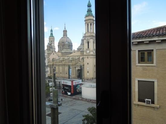 Apartamentos Sabinas El Pilar: vista desde el salon del Atico