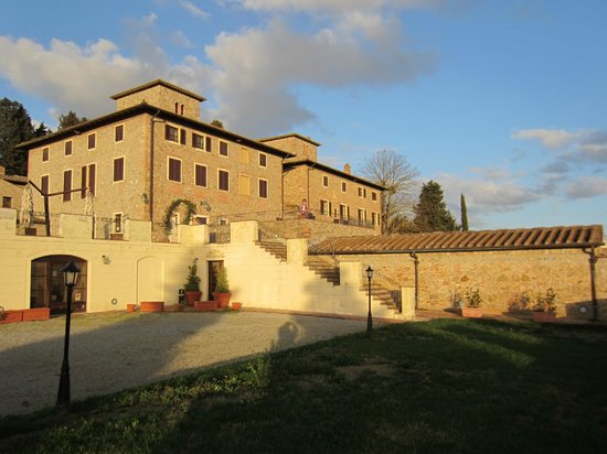 Villa San Filippo Resort: View from the West garden