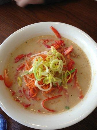 Nudluskalin: soupe de nouilles de riz au lait de coco
