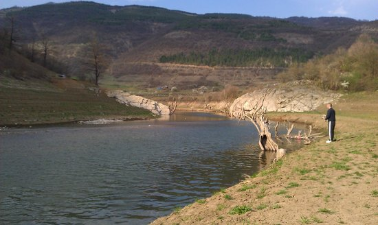 Pirot, Serbien: Zavojsko Jezero vissen