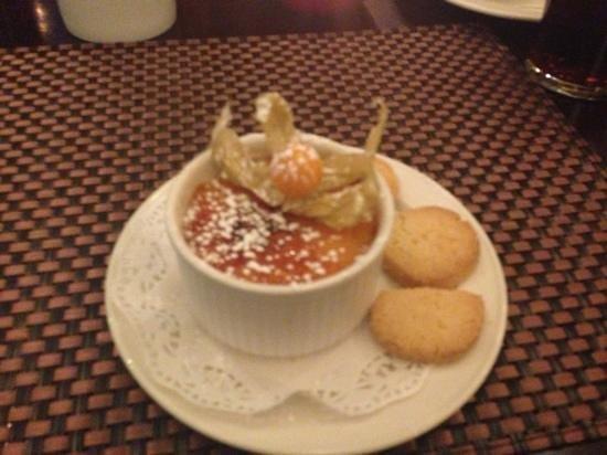 The Farmer's Kitchen Hotel : creme brûlée lovely