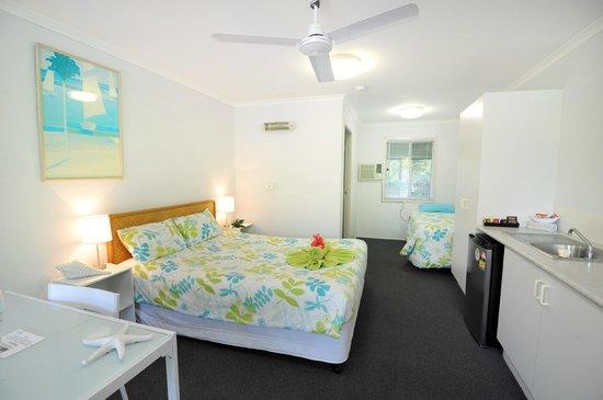 Ocean Park Motel : Studio apartment