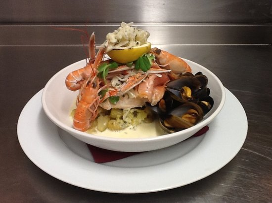 Lochcarron Bistro: Seafood Medley