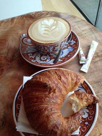 La Colombe Coffee Roasters: amazing