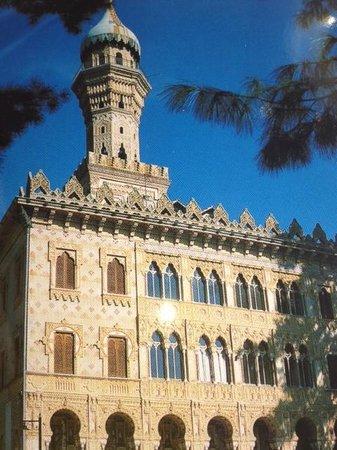 Villa Crespi: Aussenansicht