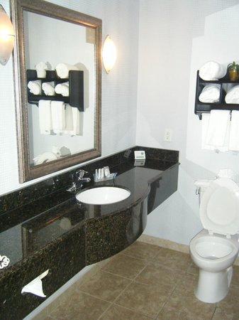 Sleep Inn & Suites: Bathroom 316