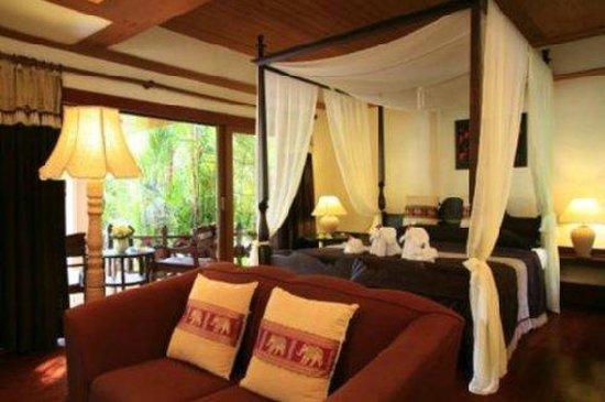 Santhiya Tree Koh Chang Resort: Deluxe Room