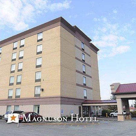 Magnuson Hotel Calumet Park Watermark