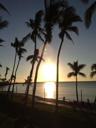 The Westin Denarau Island Resort & Spa Fiji: Beautiful sunset from the ocean front room at The Westin