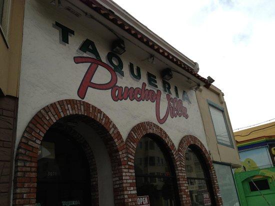Pancho Villa : Outside view