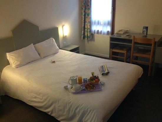 Hotel Crocus Dieppe : Chambre double ou simple