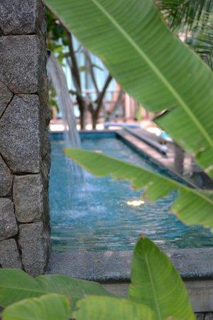 Nipa Resort: декор