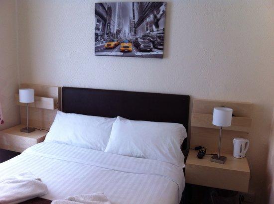 Helmshore Hotel : Double Room