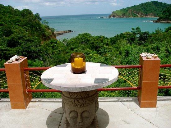 Casa Del Soul: CUSTOM TABLE OVERLOOKING OCEAN