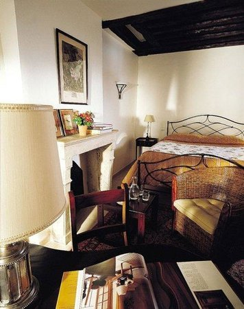 Hotel d'Angleterre, Saint Germain des Pres: Room 45