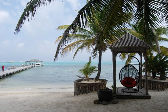 Matachica Resort & Spa: The view from the bar