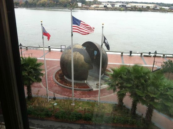 The Bohemian Hotel Savannah Riverfront, Autograph Collection: WWII memorial outside our room