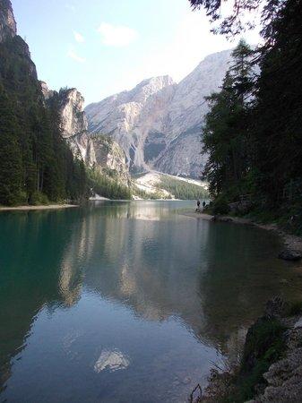 Hotel Pragser Wildsee: il lago