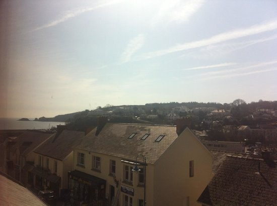 Harbourlight Guesthouse: The view from our upstairs room