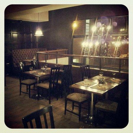 Sabor do Brasil Bar & Restaurant: Upstairs