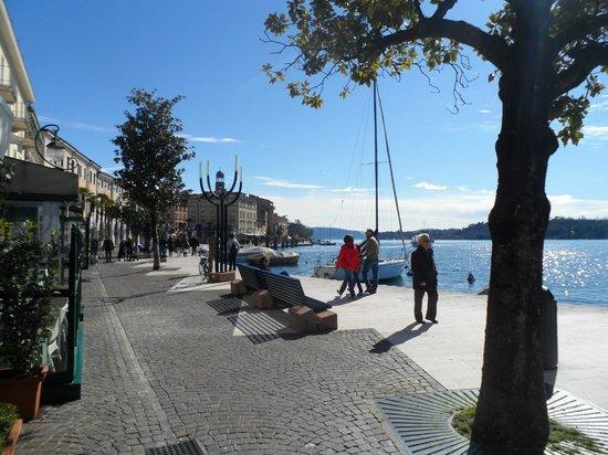 Locanda del Benaco: outside the hotel