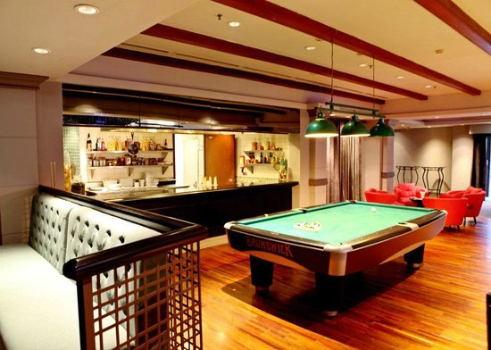 High Quality Chime Bar: Pool Table Area