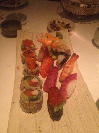 Lush Hotel Taksim: sushi vogue