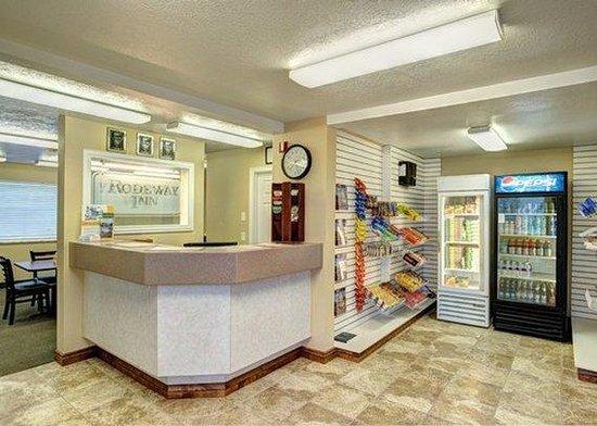 Caineville, UT: front desk